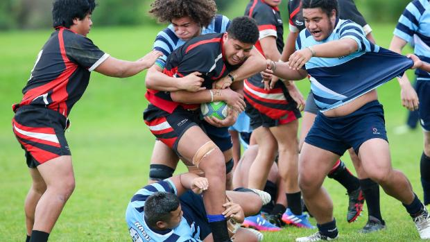 Papatoetoe go down to cross town rivals